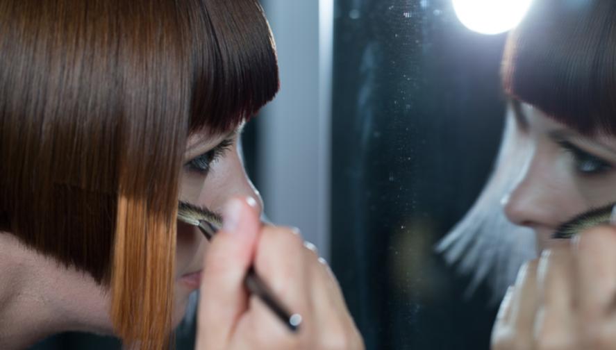 HOT Scissors Hair cutting treatment service