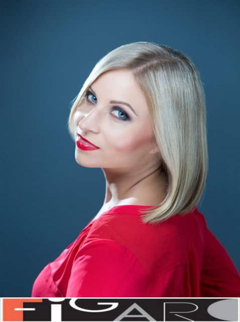 Long Bob Cut choice for fine hair done by Figaro - Best Toronto's hair Salon